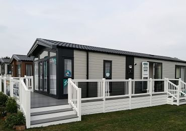 Willerby Manor Home Rental